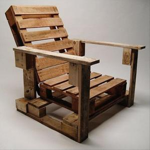 old-pallets-deck-chair